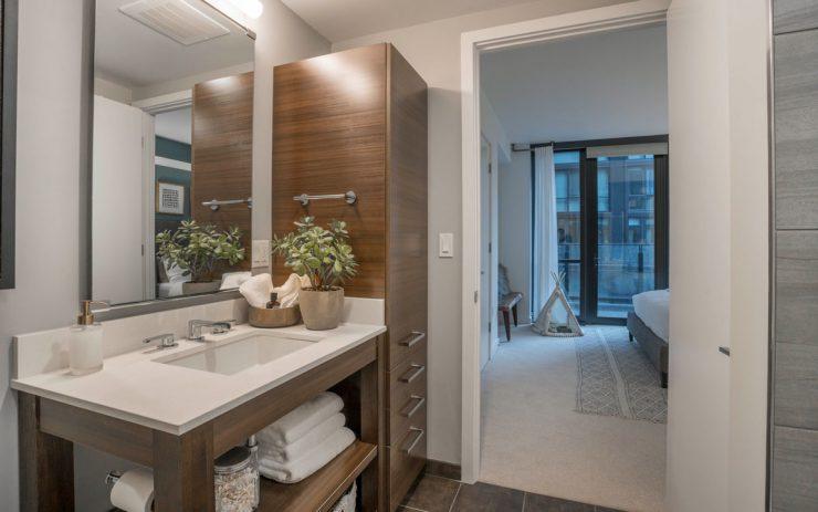 Luxury bathroom in a two bedroom apartment in The Belgard
