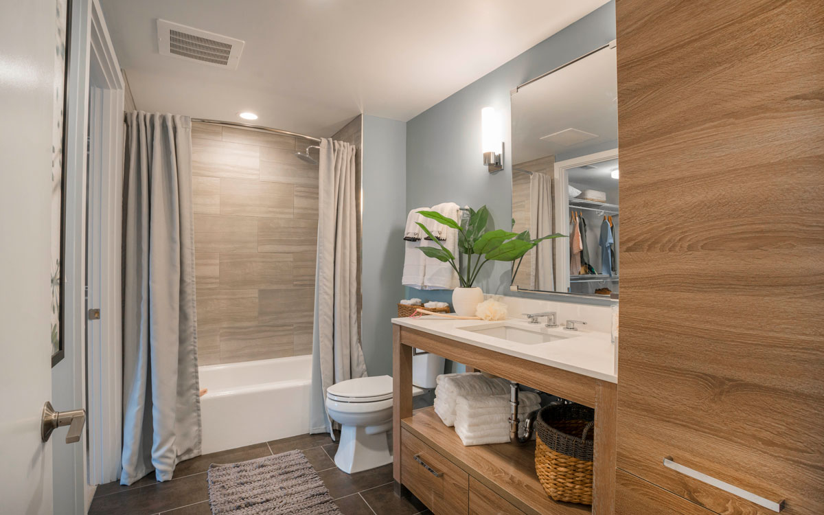 Bathroom with contemporary features and finishes in The Belgard